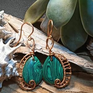 Boucles d'Oreilles en Malachite- boutiquecarioca.com