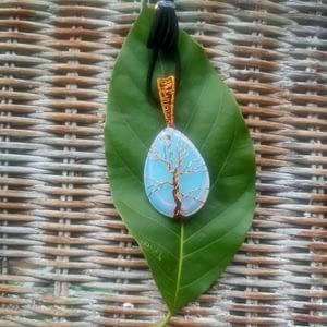 L' arbre de vie en pierre de lune -boutiquecarioca.com